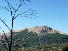 Cerro_Colorado_San_Martin_de_los_Andes.jpg