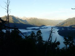 Lago_Puelo_Tiefblick.jpg
