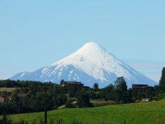 Osorno_von_Puerto_Varas.jpg