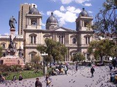 Plaza_Murillo_La_Paz.jpg